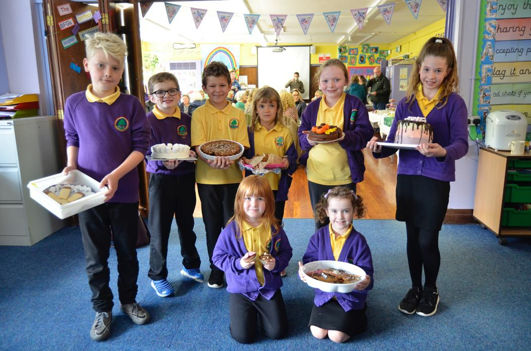 BAKE OFF: Top bakers Henry, Lincoln, Ryan, Emily, Isabelle, Hannah, Grace and Isla