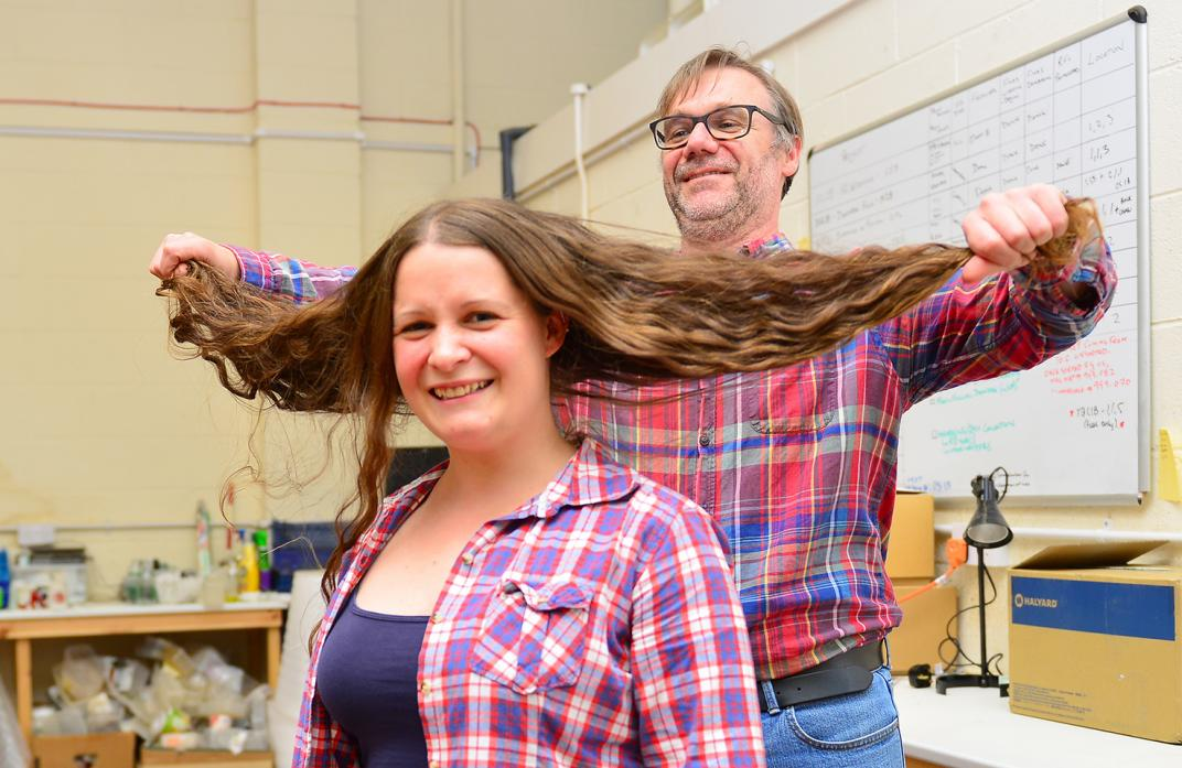 Hair chop in memory of archaeologist Richard Fraser - News